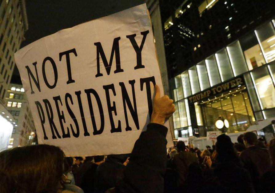 Trumpin valinta ei ollut kaikkien amerikkalaisten mieleen. Protestimarsseja on ollut useissa kaupungeissa.