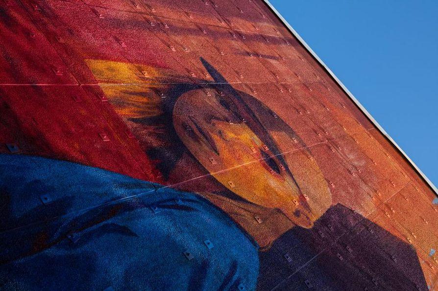 Andrew Hemin työ toistaa syksyn värejä.