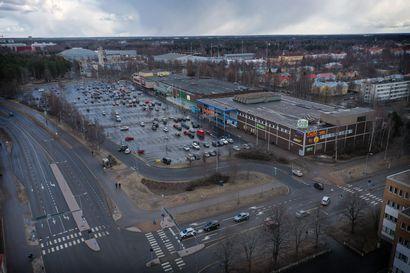"""Yliopisto ja kauppa sopisivat hulppeasti samalle alueelle Raksilassa – """"Kyseessä on suuri ja merkittävä hanke, mutta ei valtava"""", sanoo keskustakampuksesta selvityksen tehnyt Rainer Mahlamäki"""