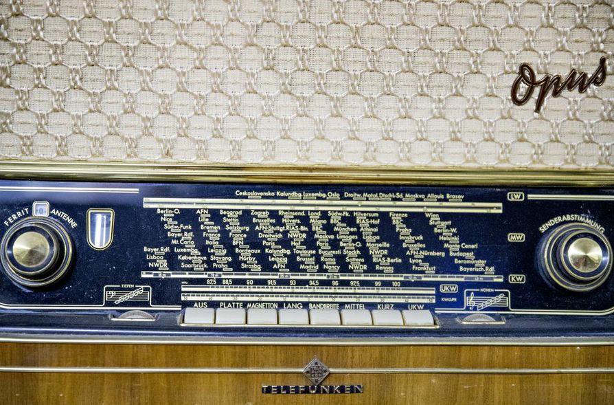 Telefunken edustaa menneisyyden radioiden saksalaislaatua.