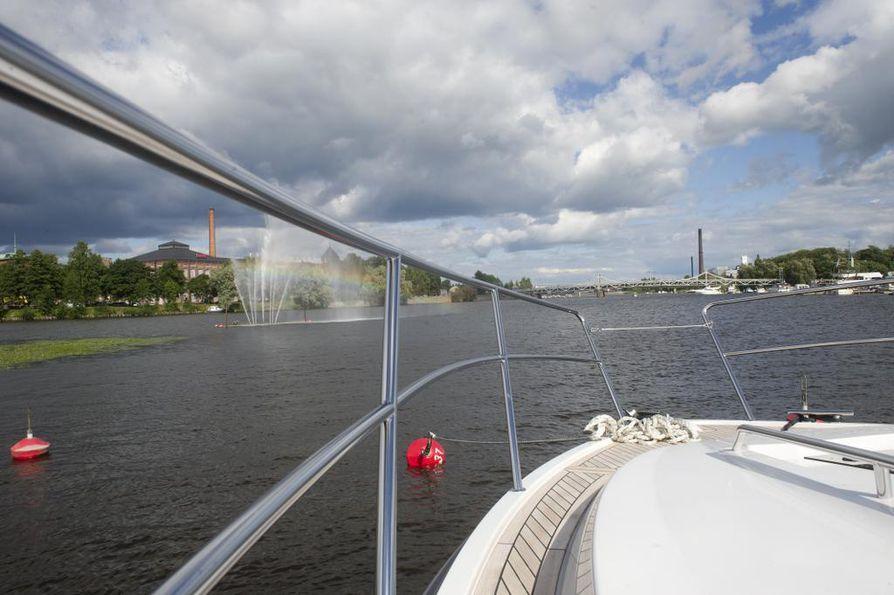Venerekisterin tietoja hyödynnetään esimerkiksi venevarkauksia selvitettäessä.