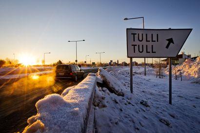 Rajaliikenne hiljeni puolella Ruotsin ja Norjan vastaisella rajalla