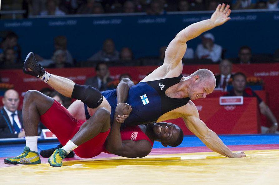 Rami Hietaniemi edusti Suomea vuoden 2012 olympialaisissa Lontoossa. Hietaniemi kohtasi Lontoossa Ranskan Melonin Noumonvin miesten 84 kg:n kreikkalais-roomalaisen painin sarjassa.