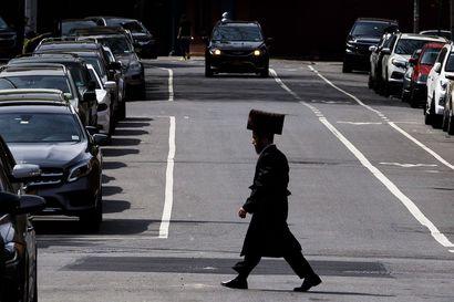 Puukottaja iski juutalaisen rabbin kotiin kesken hanukkajuhlan – ainakin viisi loukkaantui New Yorkin esikaupungissa