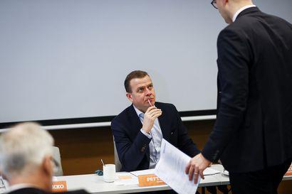 """Kokoomuksen puheenjohtaja Orpo: """"Valtion on autettava kotitalouksia siirtymään öljylämmityksestä fossiilivapaisiin lämmitysmuotoihin"""""""