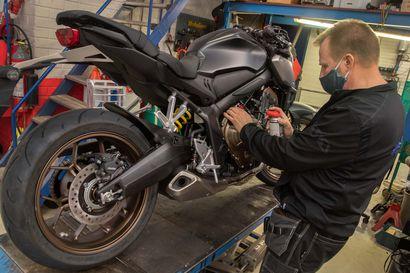 Tiesitkö, paljonko Koillismaalla on moottoripyöriä? – suomalaiset innostuivat viime vuonna hankkimaan ajokortteja, lue tästä asiantuntijan neuvot ajopelin keväthuoltoon