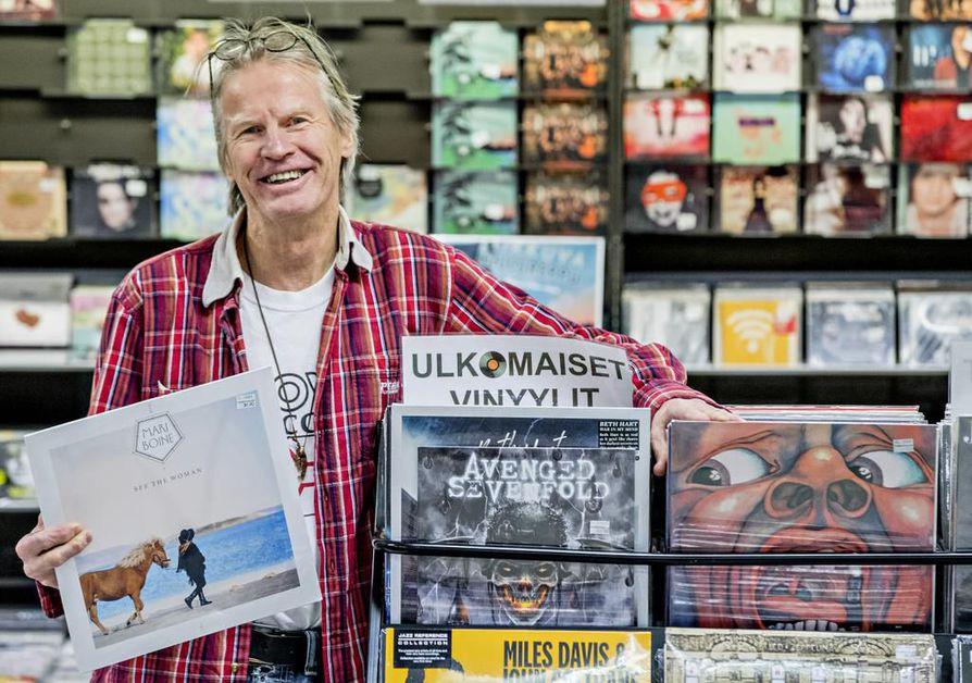 Norjansaamelainen Mari Boine tarjosi marraskuussa Markku Hänniselle elämänsä konserttielämyksen Madetojan salissa. Boinen tuotantoa löytyy totta kai Musiikki-Kullaksen levylaareistakin, mutta jatkossa Hänninen on Kullaksella ostajan roolissa.