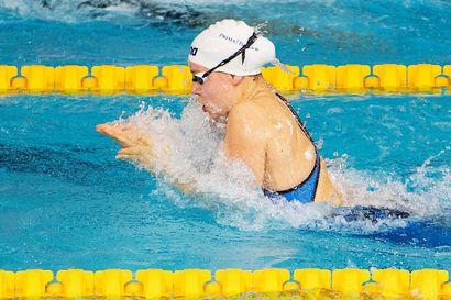 Ida Hulkko viides ja Jenna Laukkanen kuudes 50 metrin rintauinnissa