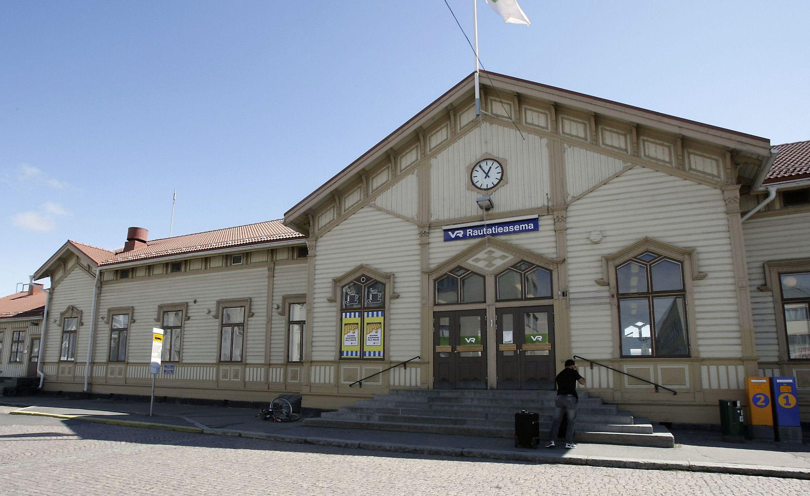 Oulun Ase Ja Erä
