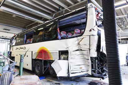 Kuopion turmabussin matkustajat: Kuljettajan ajo oli holtitonta ja tempoilevaa, ja miehelle huomautettiin siitä