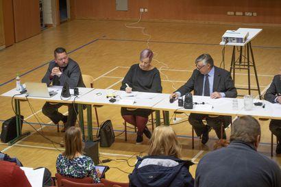 """Tyrnävän kunnanjohtaja Vesa Anttila odottaa uudelta valtuustokaudelta hyvää yhteistyötä ja fiksua käytöstä myös somessa –""""On otettava huomioon kokonaisuus. Moni asia helposti vääristyy, kun se palastellaan liian pieniin asioihin."""""""