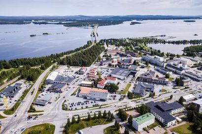 Säästöpankin graniittilinna on ollut tyhjillään lähes koko euroajan –Kemijärven palvelutarjonta kapenee ja liikekiinteistöt autioituvat