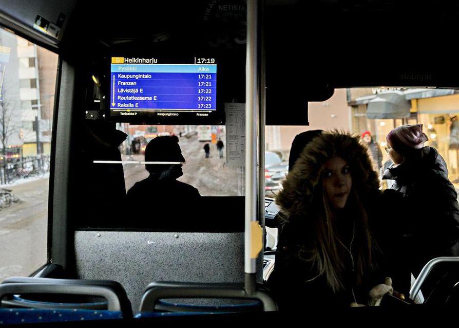 Vuonna 2013 Oulun paikallisliikenteellä oli 5 miljoonaa matkustajaa. Viime vuonna seudullisessa joukkoliikenteessä tehtiin jo 8,8 miljoonaa matkaa.
