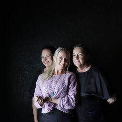 Melkoinen määrä romua sai lähteä, kun Teatteri Villa Mirjamille kunnostettiin tila vanhaan ulkorakennukseen Oulun Hietasaaressa – ryhmä esittää ensitöikseen muutaman ärsyttävän naishahmon monologin