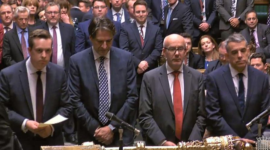 Britannian alahuone hyväksyi torstaina toisessa käsittelyssä brexit-sopimuksen, jonka nojalla maan on mahdollista lähteä Euroopan unionista sopimuksella 31. tammikuuta, uutisoi Reuters. Kuva torstain istunnosta.