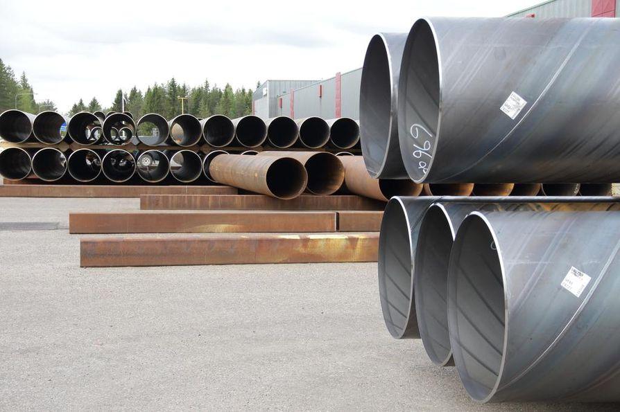 SSAB:n Oulaisten tehdas kuuluu terästuotannon divisioonaan, SSAB Europeen, jota nyt tehty kauppa ei koske.