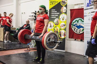 Ensikertalainen Marianne Kilpivaara heti hopealle –Muutkin kuusamolaiset mitaleille otevoimailukilpailussa