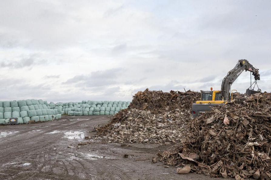 Laanilan ekovoimalaitokselle tuleva yhdyskuntajäte halutaan lajitella automaattisella jätteenkäsittelylinjastolla.