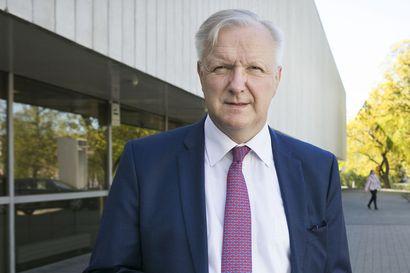 """Olli Rehn kirjoitti eurokriisin opetuksia viisi kesälomaansa Puulaveden rannalla: """" Eurosta on tehtävä iskunkestävä ennen seuraavaa taantumaa"""""""
