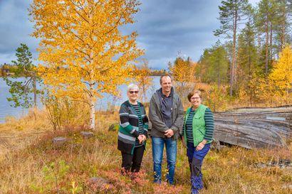 Pudasjärven luonnonsuojeluyhdistys juhli Jokijärvellä – kultainen ansiomerkki Leena Puhakalle ja hopeiset Eila Puuruselle ja Eero Moilaselle