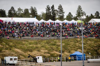 """""""Rovaniemen superviikonlopussa onneakin mukana"""", sanoo Rovaniemen hallintoylilääkäri –Napapiiri-Jukolaan ja Simerockiin liittyviä koronatartuntoja ei ole havaittu"""