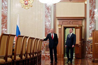 Analyysi: Perustuslakiin seitsemän muutosta ja pääministeri vaihtoon – Putin näyttää keskittävän valtaa ja varmistavan tiukan kontrollin jatkumisen Venäjällä