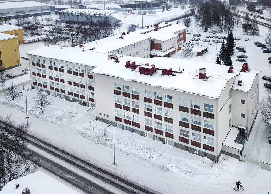 Viimeisimpänä rakennuksessa on toiminut Oulun ammattikorkeakoulu.