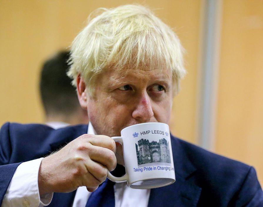 Brittiparlamentti halutaan koolle keskustelemaan sopimuksettoman EU-eron seurauksista. Pääministeri Boris Johnson haluaa maansa toteuttavan brexitin sopimuksen kanssa tai ilman.
