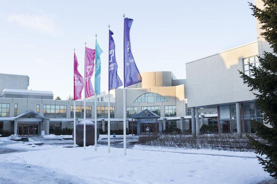 Lakko koskisi myös Oulun yliopistoa.