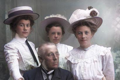Hildur Larsson ikuisti Lappia upeisiin kuviin yli sata vuotta sitten – nyt ne loistavat myös väreissä
