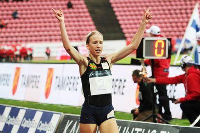 Mette Baas urakoi Ruotsi-maaottelussa – Johanna Peiponen juoksee kymppitonnin