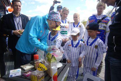 Työtä lapsen edun mukaisesti –Eläkkeelle jäävän Annikki Törmäsen mielestä koulutervyedenhoitajan on uskallettava ottaa puheksi ikävätkin aiheet