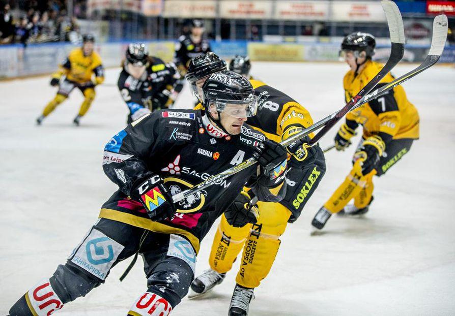 Kärppien pistesaldo jäi yhteen pisteeseen lauantaina Raksilassa.