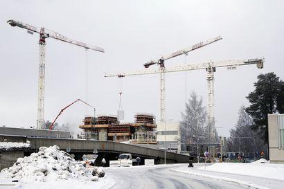 Rakentajatkin yllättyivät: Oulussa rakentamisen tahti yhä kova – OYSin tulevaisuuden sairaala on kaupungin kaikkien aikojen suurin rakennushanke