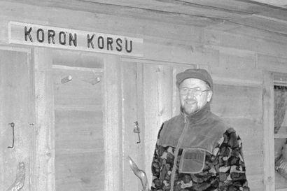 Maanalainen elämä hiljeni Korouomassa – korjaako Metsähallitus erikoisen korsukämpän, josta on vähän tuloja?