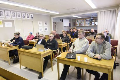 Uimahalli ja suunnistus puhututtivat – Taivalkosken kunnanvaltuusto hyväksyi liikuntapaikkastrategian