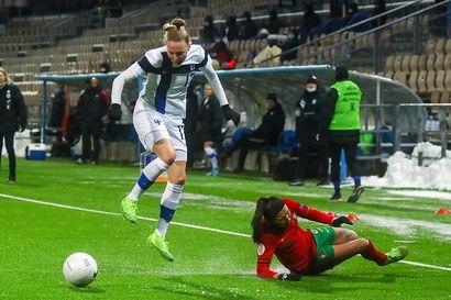 Linda Sällström laukoi lisäajalla Helmarit jalkapallon EM-kisoihin – Portugali kaatui kirpeässä pakkassäässä