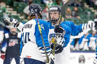 """Samu Tuomaalan ja Ville Koivusen osakkeet vahvassa nousukiidossa – kärppäkaksikko loistaa kilpaa NHL:n kykyjenetsijöiden silmien alla: """"Poikien peli on ollut ilo silmille"""""""