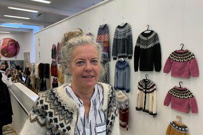 Rakkaudesta villapaitaan – suomalaiset ovat edelleen hurahtaneita islantilaisten villapuseroiden kuvioihin ja väreihin