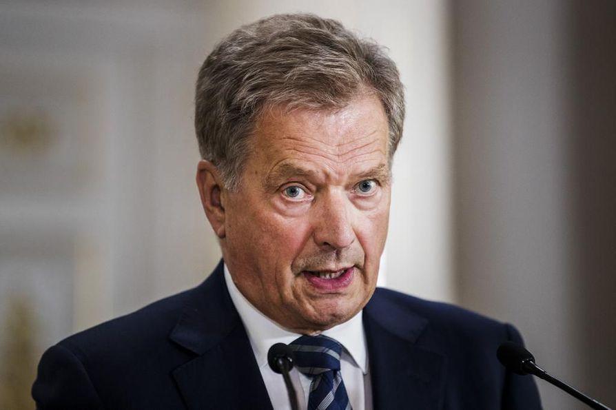 Presidentti Sauli Niinistö pitää Turussa tapahtunutta töhrimistä huolestuttavana.