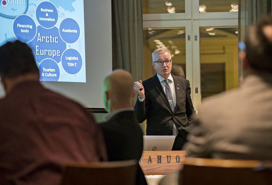 Kaupunginjohtaja Matti Pennanen on tyytyväinen Venäjän pääministerin Oulun-vierailusta.
