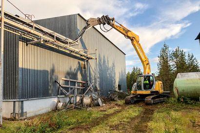 Soklin kaivospiirillä aloitettiin vanhojen rakennusten purkutyöt – Osa rakennuksista kunnostetaan hyötykäyttöön