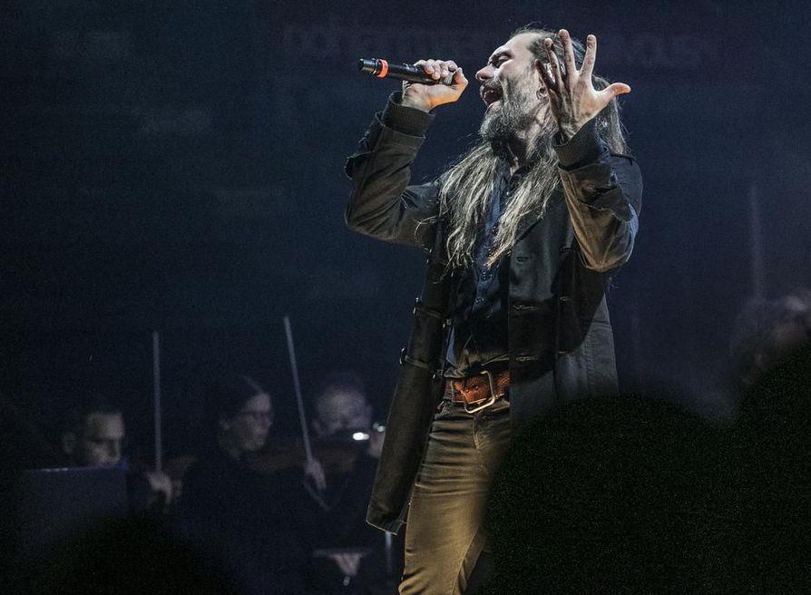 Koronaepidemia keskeytti JP Leppäluodon kiertueen.
