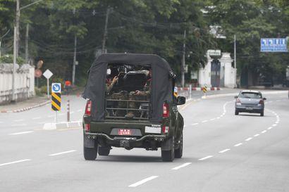 Myanmarissa sotilasjuntta ilmoitti jatkavansa vallassa vielä kaksi vuotta