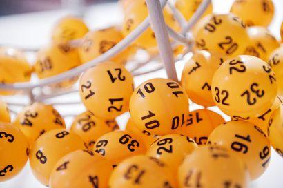 Loton 10 miljoonan euron voittokuponki pelattiin Helsingissä Roihuvuoren K-Marketissa