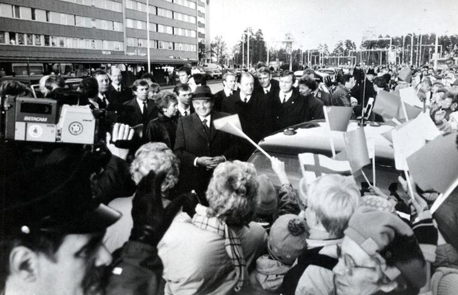 Neuvostoliiton presidentti Mihail Gorbatshov vieraili Oulussa lokakuussa1989.