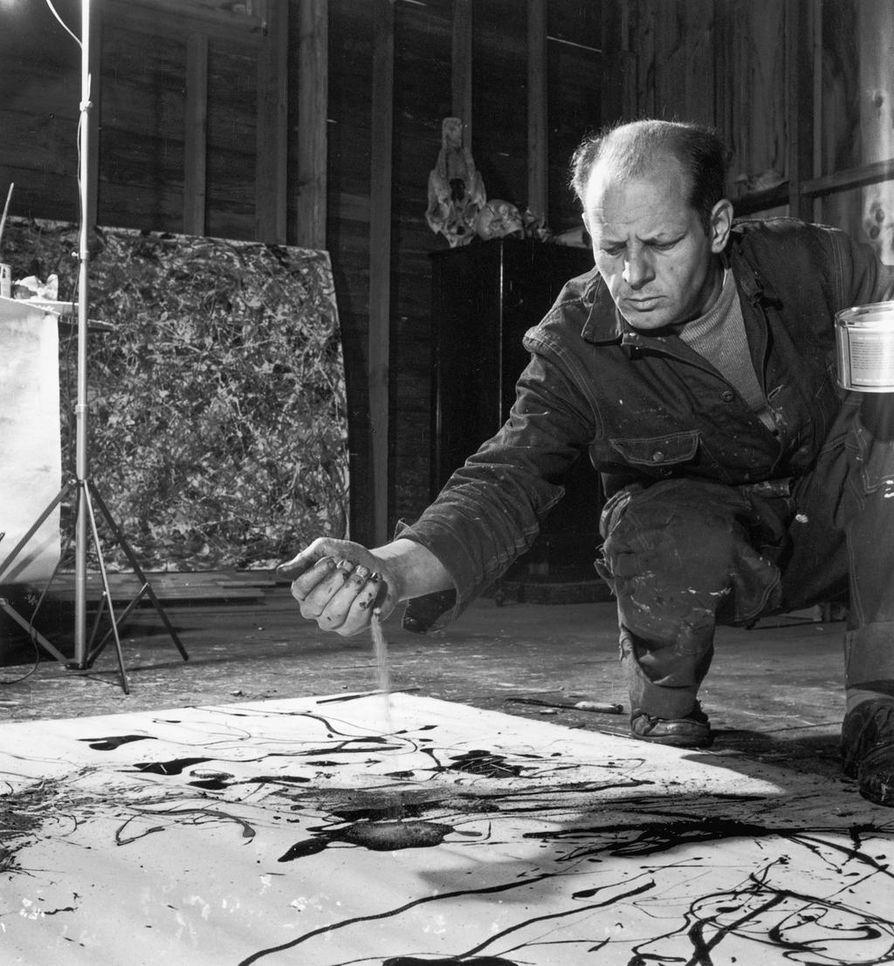 Amerikkalaisen Jackson Pollockin action painting -taidetta esiteltiin kylmän sodan aikana monissa näyttelyissä Euroopassa.