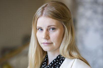 """Puheenaihe: Tuleeko kunnan rahoittaa maahanmuuttoa? Jenna Simula: """"Oulun ei tulisi harjoittaa lainkaan humanitaarista maahanmuuttoa"""""""