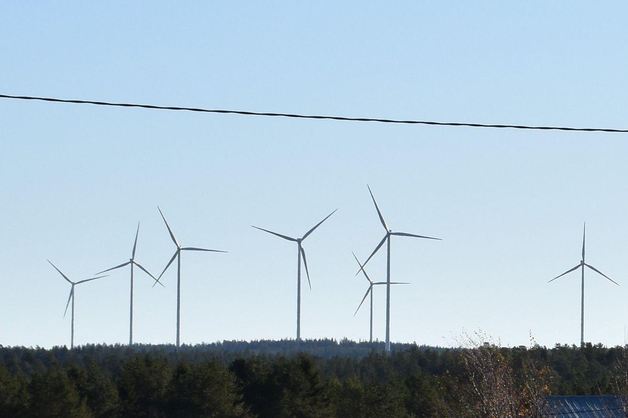 Taaleri myi tuulipuistoja, mutta olisi Posiolla pitkään