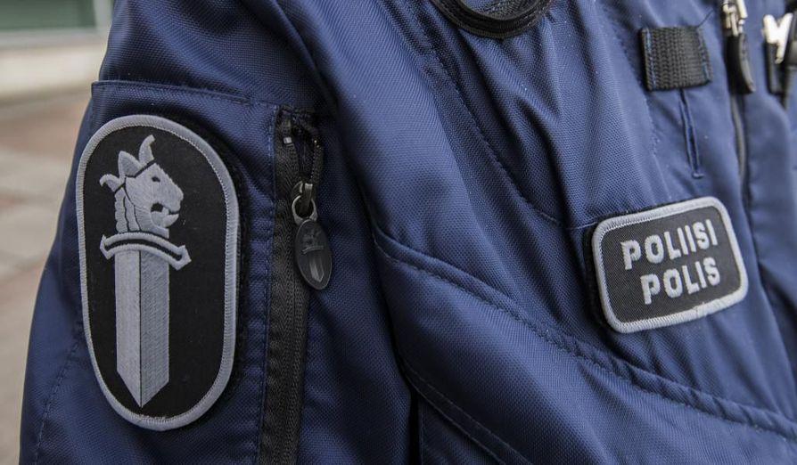 Poliisin mukaan miehen ampumavälikohtauksessa saamat vammat ovat vakavia.